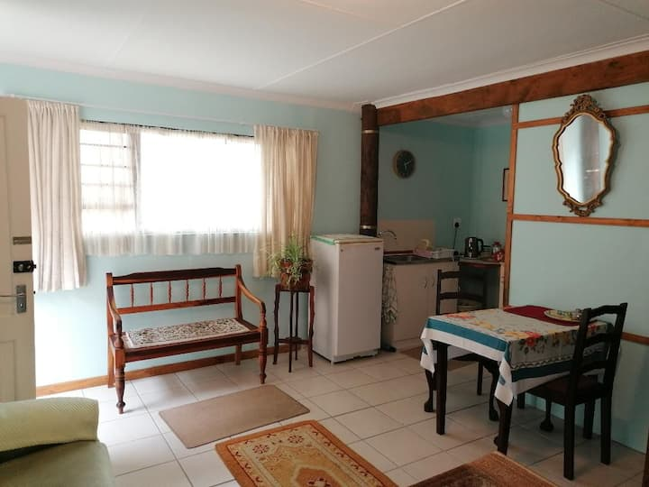 Sea & Lakes Self-catering Flatlet
