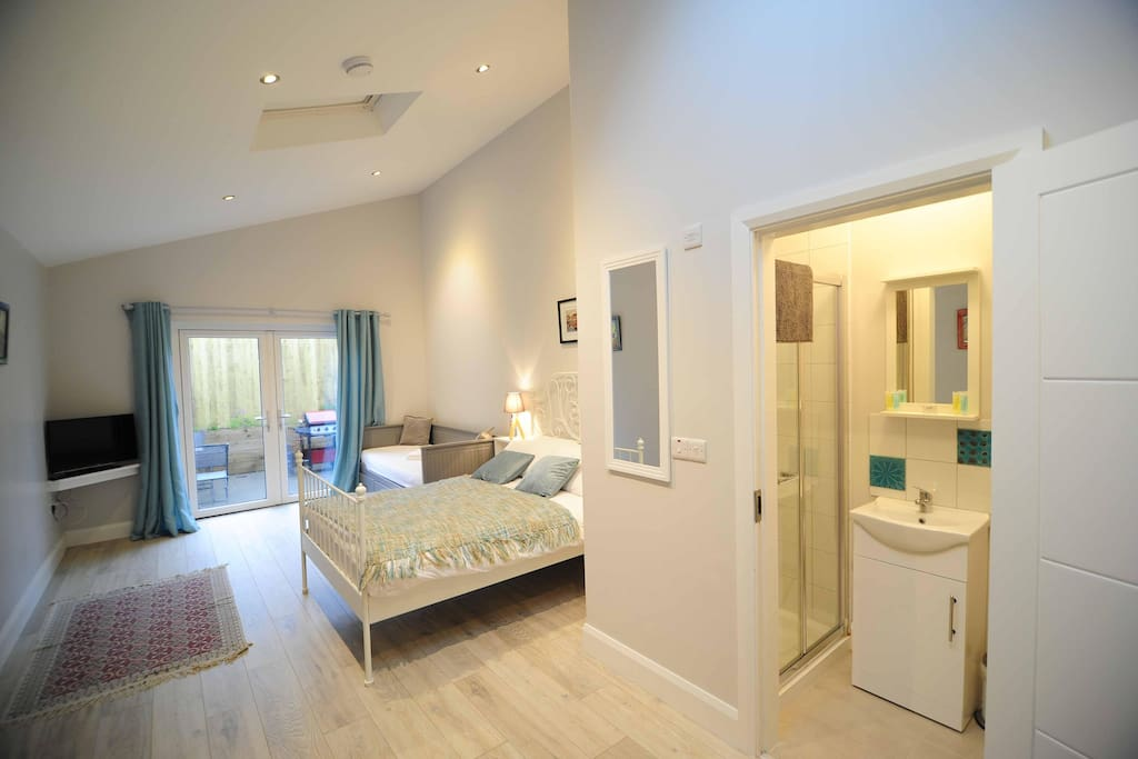 Family Suite (fold out bed suitable for a child can be provided at a cost of EUR 30)