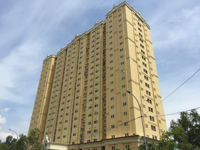 Queen Victoria Apartment Batam (2 Bedroom) - Kota Batam