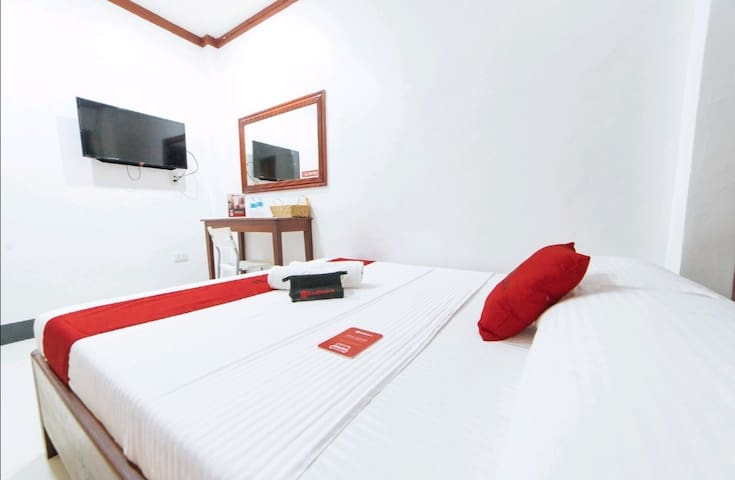 Cozy Room with Hot & Cold Shower near Baler Church