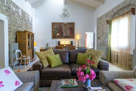 "Villa""Rio Paradiso"" in an olivery ! - Patras - Hus"