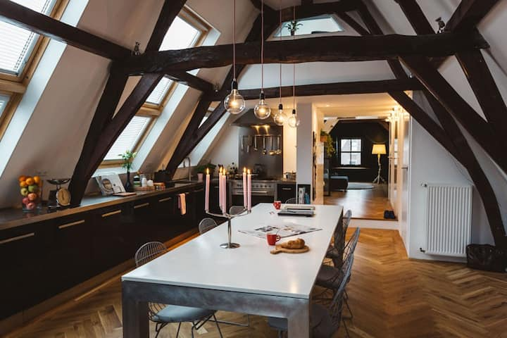 Design loft in old centre of Utrecht