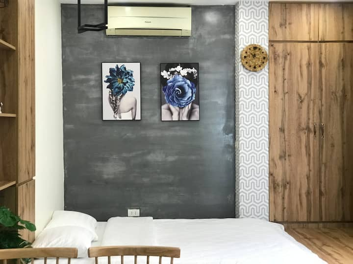 Quyet Homestay #8 (Hanoi Corner Tiny Home)