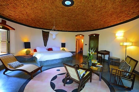 Nilaya Hermitage Luxury Boutique room : FIRE - Bed & Breakfast