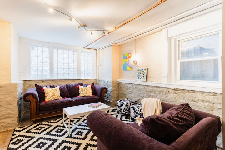 Fun Apartment in the Ukrainian Village