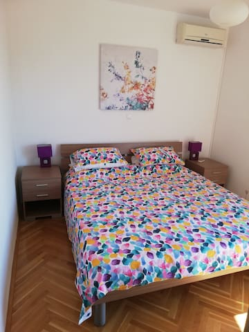Bedroom 3: Superking/6ft bed with private balcony