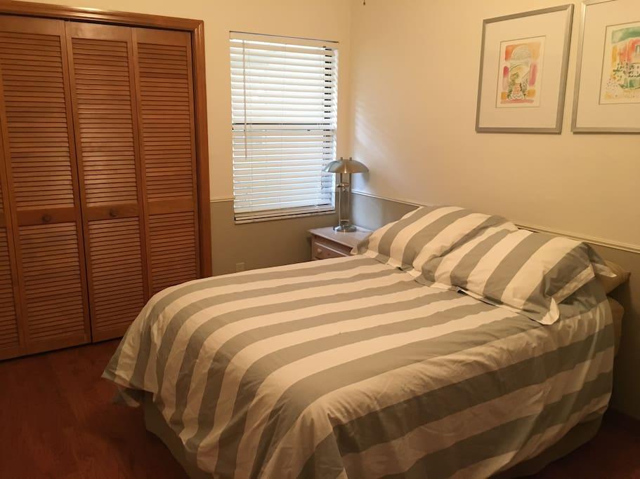 Bedroom #2: Full Bed