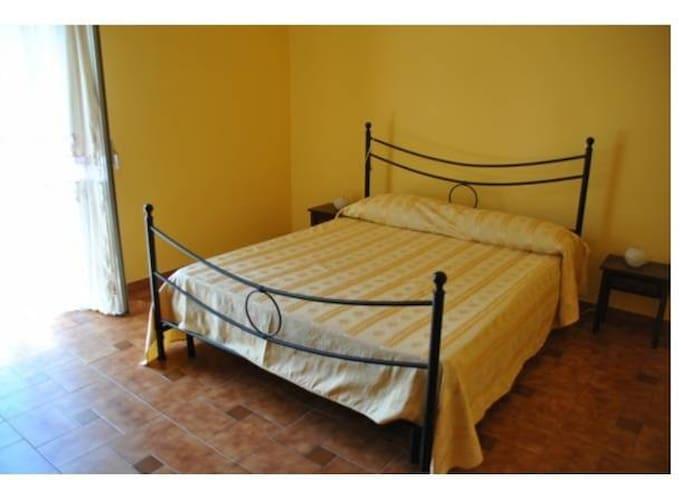 Casa vacanze vicino al mare - Torregrotta - Apartment