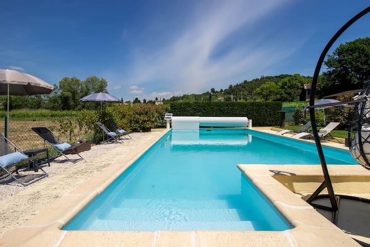 Villa de lujo en Gargas con piscina privada