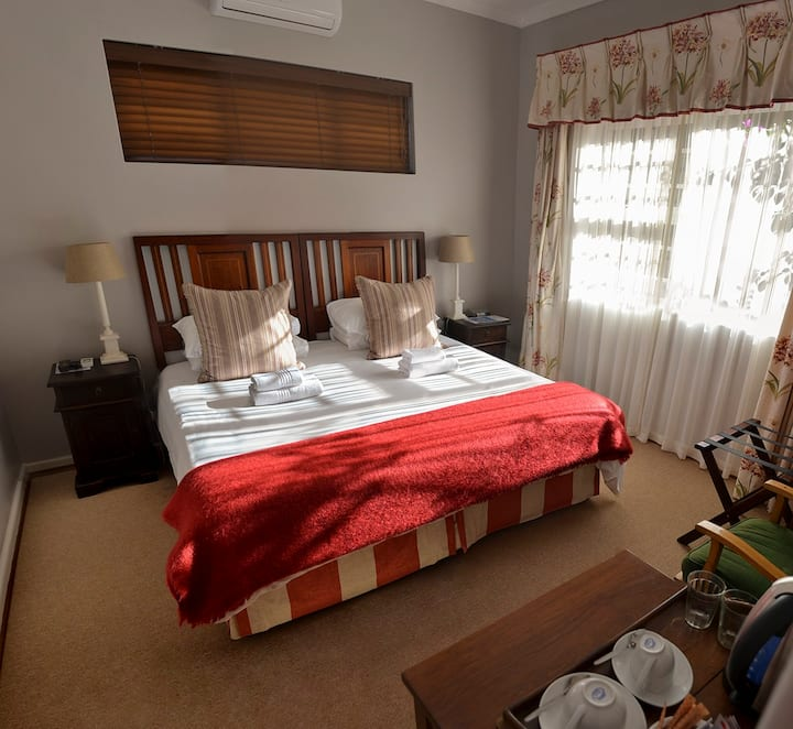 Sundune Guest House - King Fisher