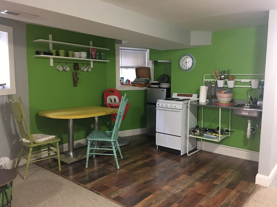 Kitchenette Apartments For Rent In Chicago