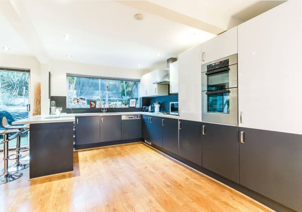 Open-plan modern kitchen fitted to a high standard