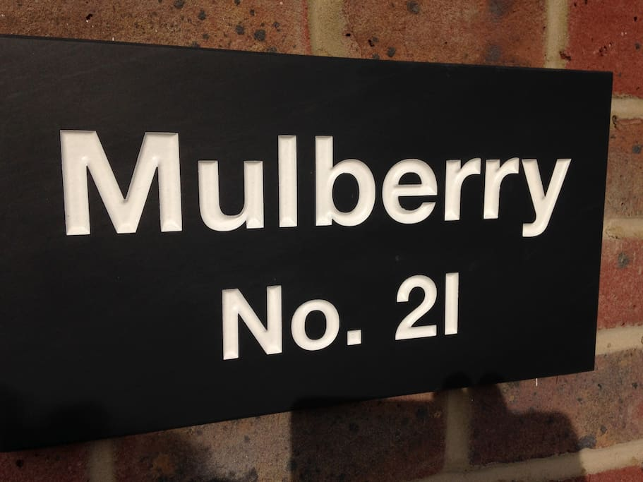 Mulberry is within walking distance of the town centre