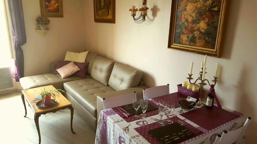 Castel Grimaldi - 5 min