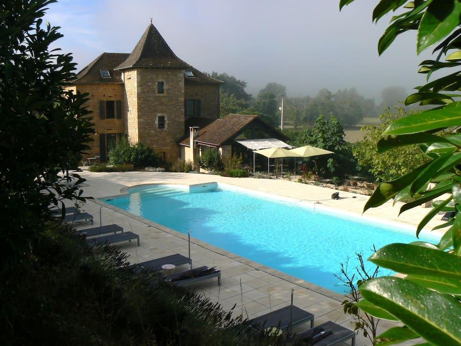 Hotel de charme pr s de figeac en campagne bed and for Hotel de charme france