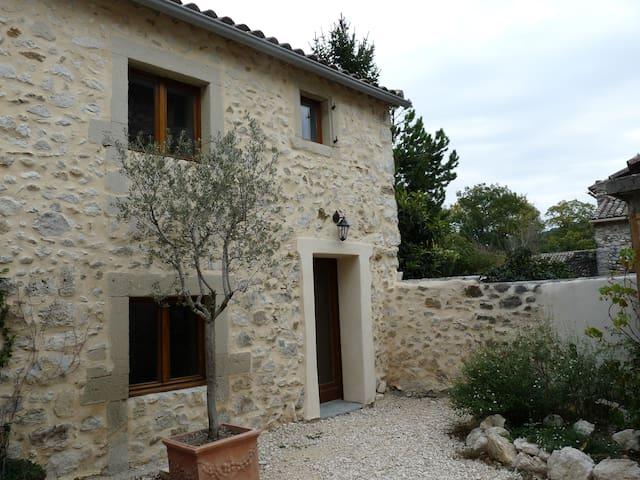 Drôme provençale Les Granges Gontardes - Les Granges-Gontardes - Rekkehus