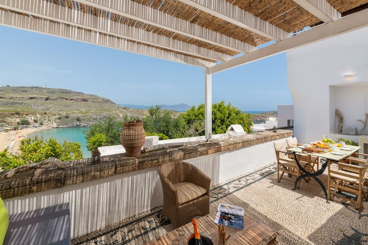 Villa Chrissa, Lindos - With Seaviews