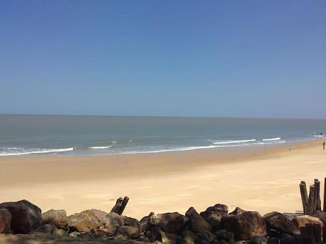 Beira Beach Hide-Away