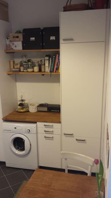 Küche, Waschmaschine, Essbereich