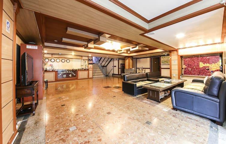 daechung resortel(floor room,for 4person)