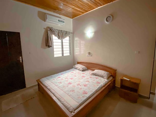 Chambre 1 : double lit