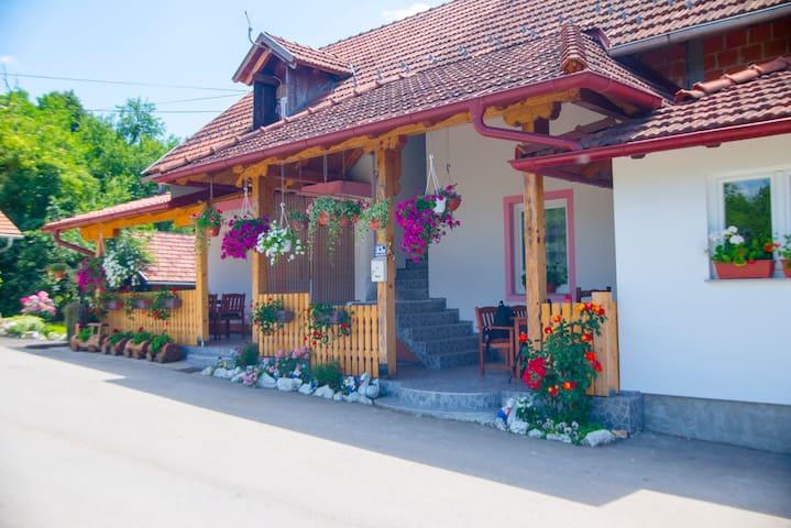 Guesthaus Ella