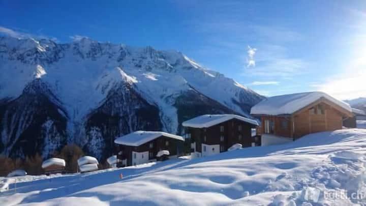 LAUCHERNALP schneesicher 2.5Zi-Fewo mit Pool&Sauna