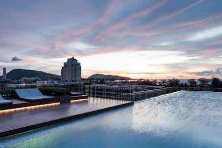 the deck+Bathtub巴东海滩公寓带浴缸