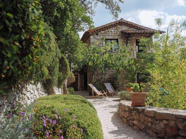 Bergerie rénovée - Rochegude, Gard - Appartement