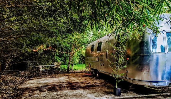 "1972  Airstream Sovereign Yacht  ""Silver Burrito"""