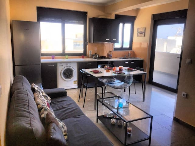 2. Amazing sea view apt. for 3 in central Rhodes!