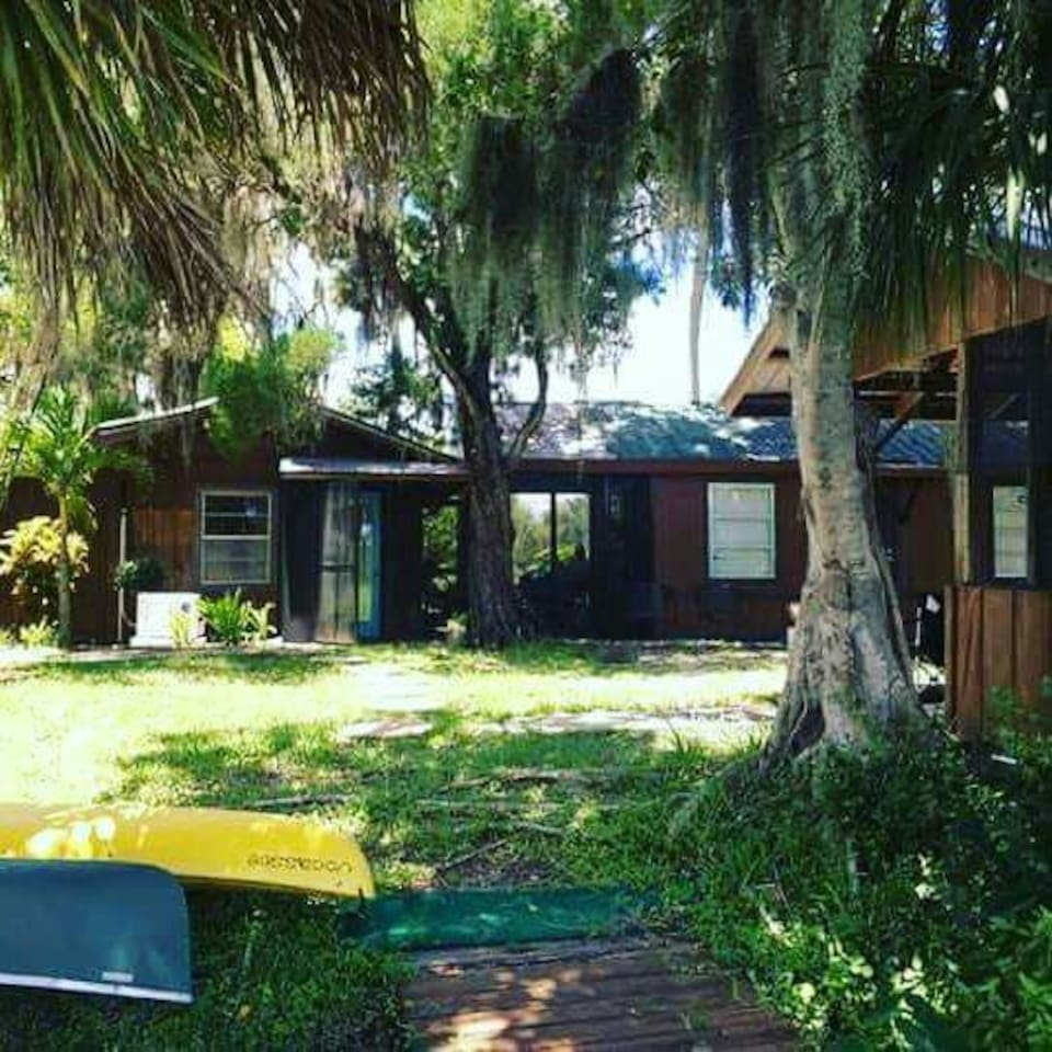 river cabin cabins for rent in bradenton florida united states