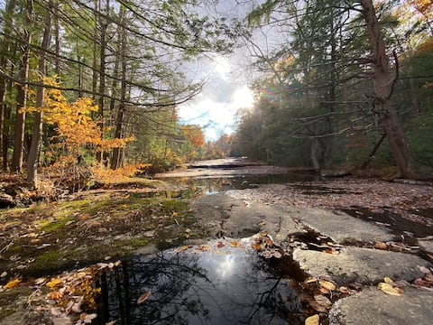 Immaculate Mohonk Preserve Retreat on Coxing Kill
