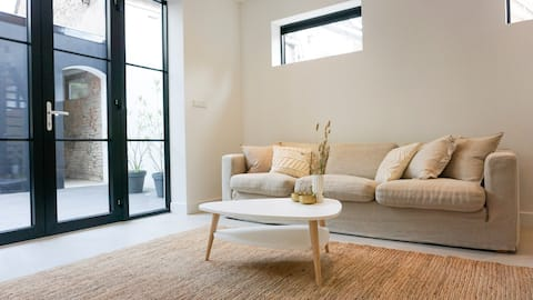 Brand new luxury loft in the heart of the city