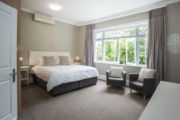 Light & Airy Room