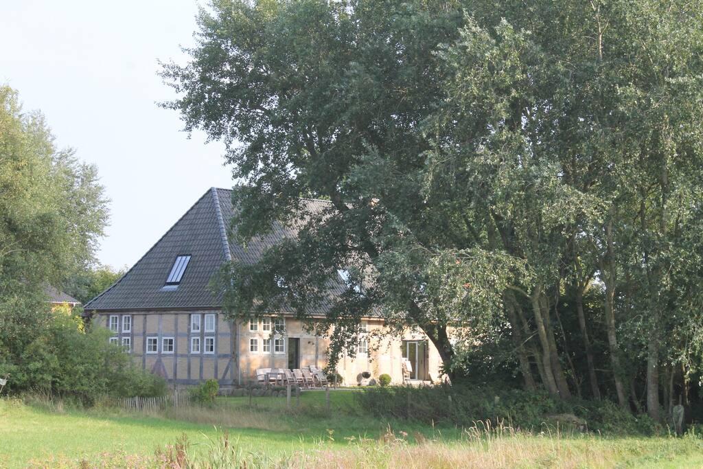 300 m landhaus mit sauna 800 m von der ostsee h user zur miete in pommerby schleswig. Black Bedroom Furniture Sets. Home Design Ideas