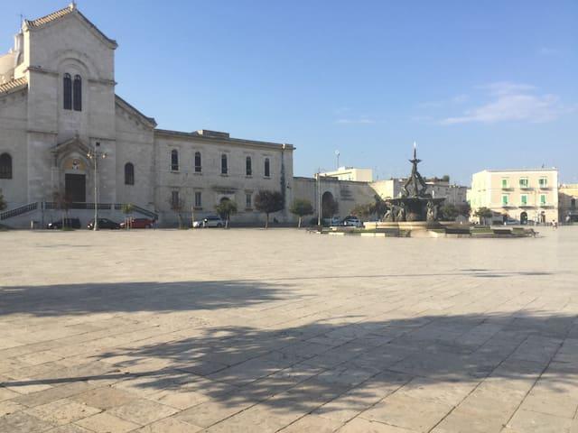 Nel borgo antico - Giovinazzo