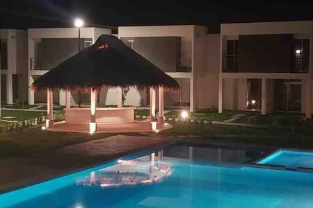 Weekend House con alberca y cerca de balnearios