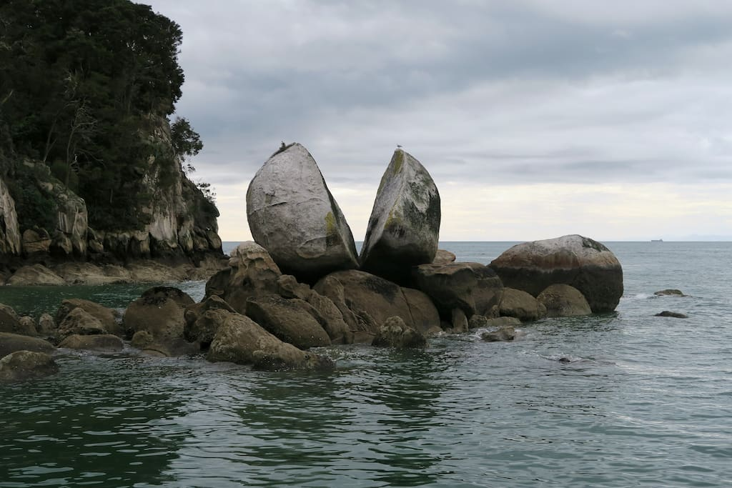 Famous Split Apple Rock.