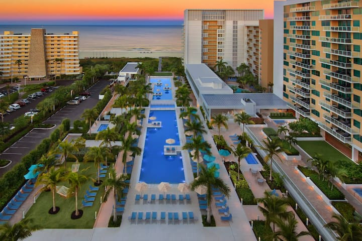 3 BR Beachfront Villa with All Amenities
