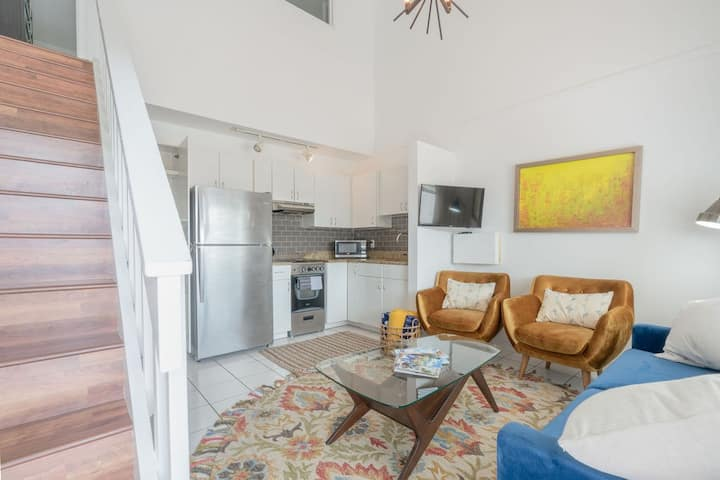 NEW Listing! Stylish 4 min walk to 7-Mile Beach #4