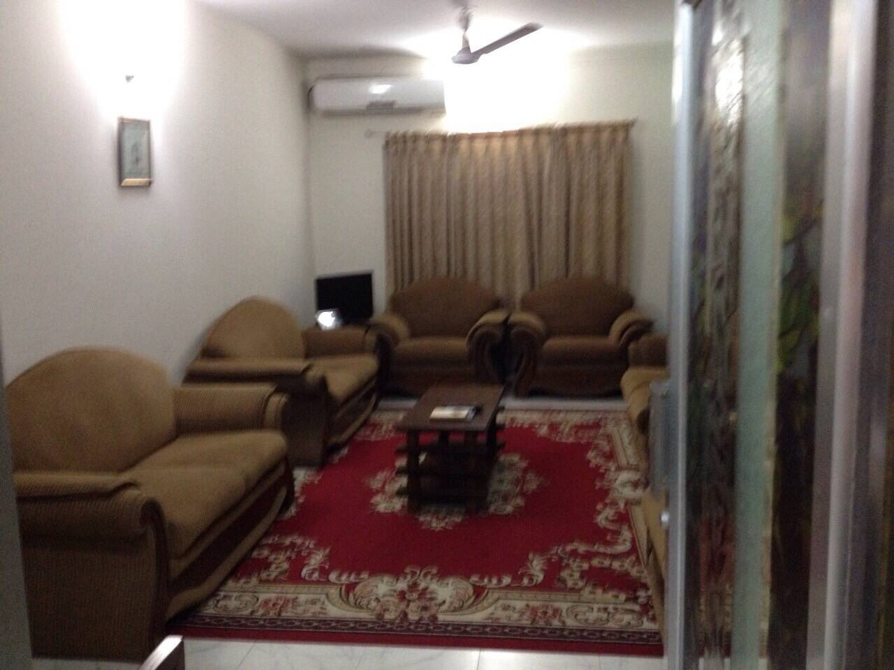 Nice spacious, comfortable living room