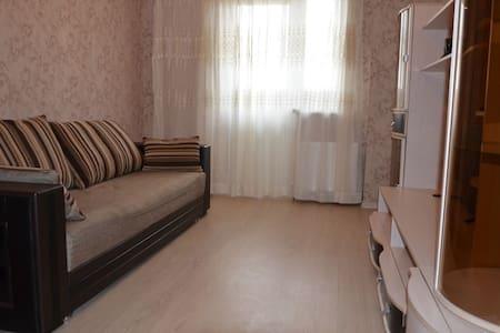 Уютная квартира в новом доме - Rostov