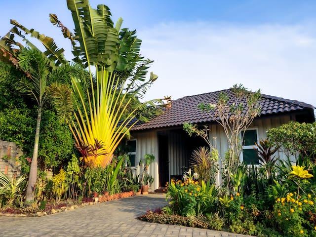 ✪ Garden Cabin Kingbed #3 ✪ @Bambü Getaway