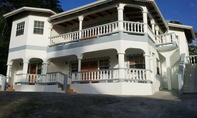 Apt#1 at K M Lodge, Mt Nesbit, St John, Grenada