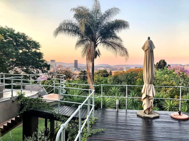The Clara Suite - A 180 degree view of Tshwane