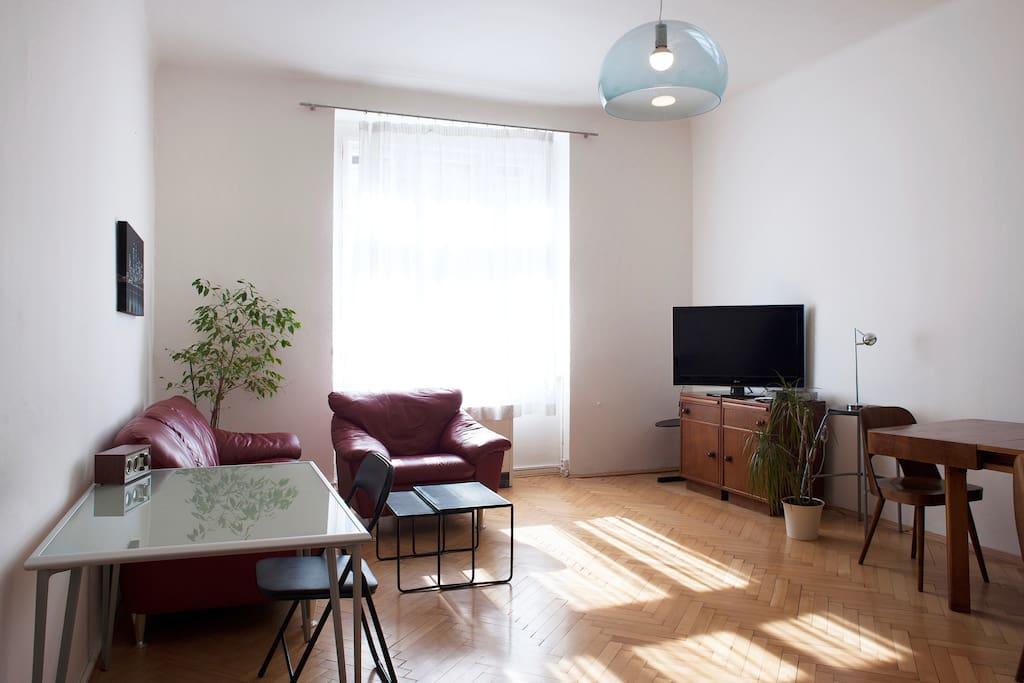 prague 39 s most sought after neighborhood wohnungen zur. Black Bedroom Furniture Sets. Home Design Ideas