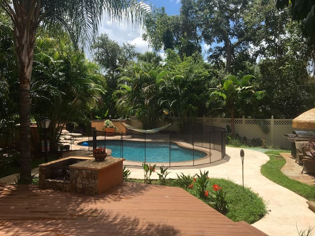 guest home w/ private pool ️ - Sarasota - Huis