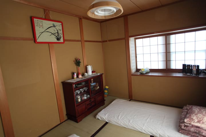 Cozy 2F tatami room in Ikoma - Ikoma - Casa