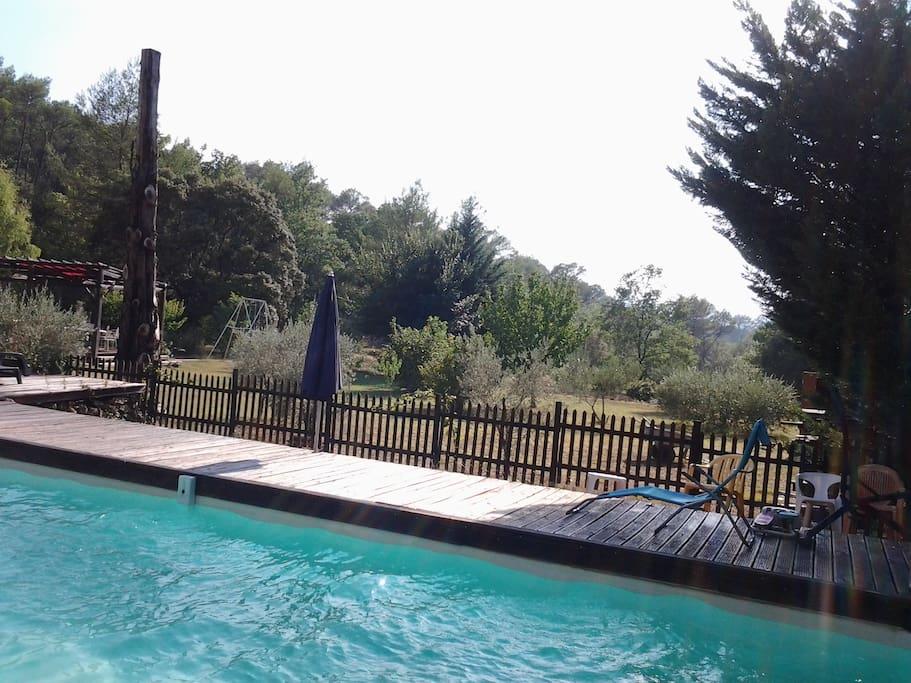 une piscine sécurisée